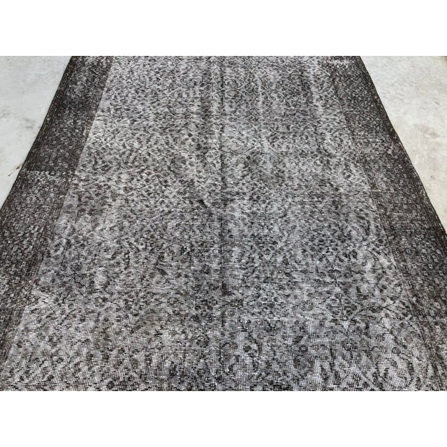 1960s 1960s Vintage Turkish Distressed Gray Carpet - 5′4″ × 9′6″ For Sale - Image 5 of 11