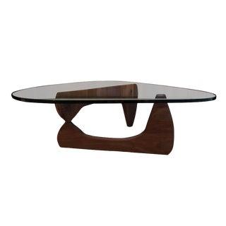 Isamu Noguchi Herman Miller Walnut Coffee Table For Sale