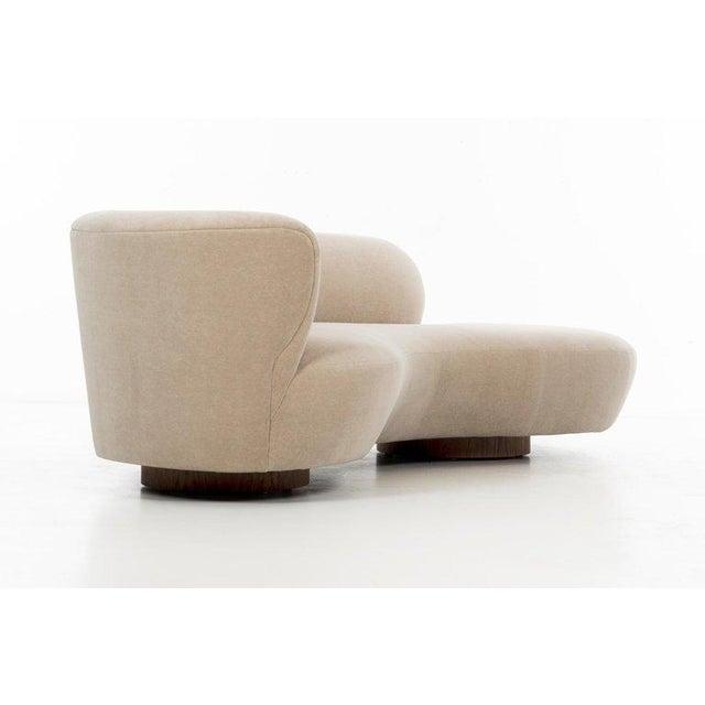 Directional Vladimir Kagan Cloud Sofa For Sale - Image 4 of 13