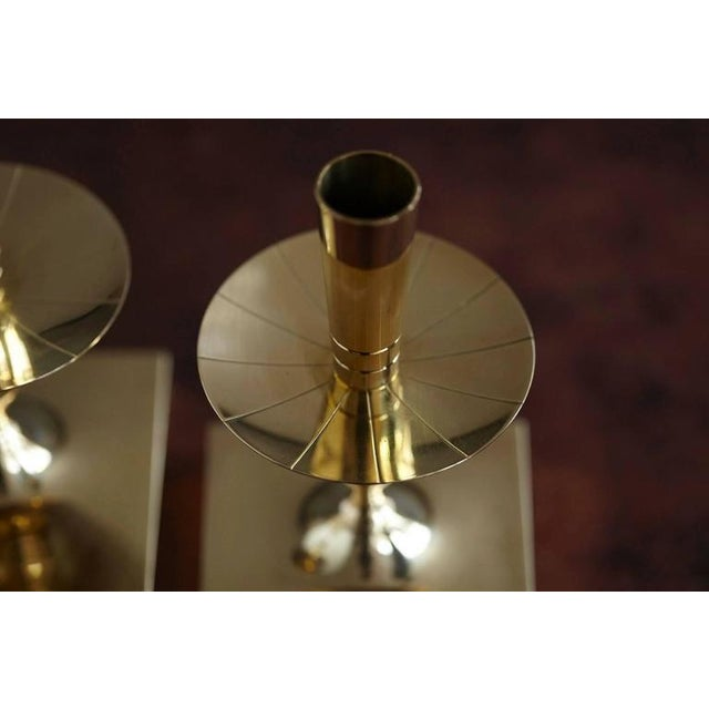 Dorlyn Silversmiths Pair of Tommi Parzinger Brass Candleholders Made by Dorlyn Silversmiths For Sale - Image 4 of 7