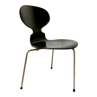 Early Arne Jacobsen 3100 Ant Chair, One Owner For Sale