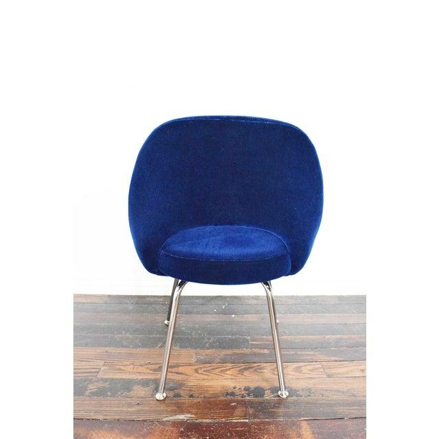 Blue Knoll Eero Saarinen Armless Executive Chair For Sale - Image 8 of 12