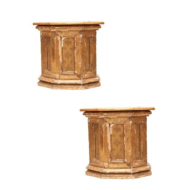Italian Gilt Wood Brackets - A Pair - Image 1 of 6