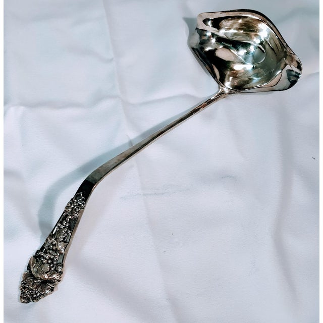 Silver Vintage International Silverplate Ladle Double Pour Hollowware For Sale - Image 8 of 8