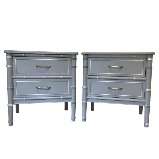 1960s Contemporary Gray Hand Painted Full Size Headboard For Sale In Philadelphia - Image 6 of 7