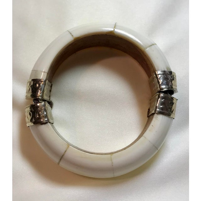 Mid 20th Century Bone, Wood and Silver Plate Hinged Bangle For Sale - Image 5 of 7