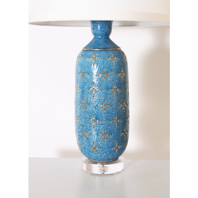Metal Blue Marbro Ceramic Lamp, C. 1960 With Shade For Sale - Image 7 of 8