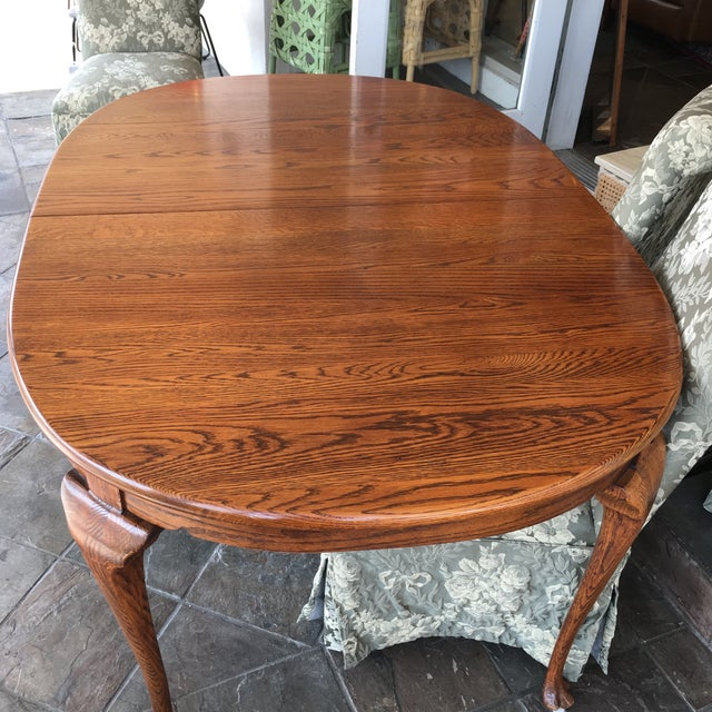 Queen Anne Oak Dining Table With Queen Anne Legs For Sale - Image 3 of 11