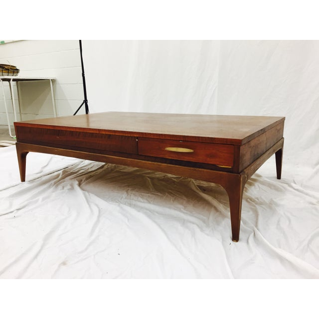 Vintage Lane Altavista Mid Century Modern Coffee Table