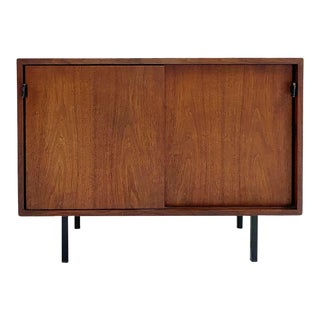 Florence Knoll Model 540 Cabinet For Sale