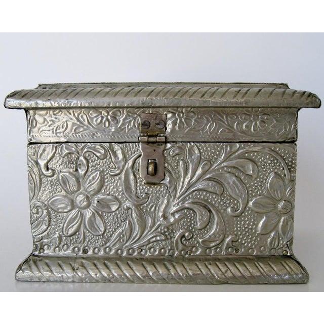 Vintage Embossed Keepsake Box - Image 2 of 8