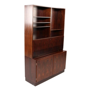 1960s Scandinavian Modern Omann Jun Gunni Omann Refinished Rosewood Shelving Unit / Bureau For Sale