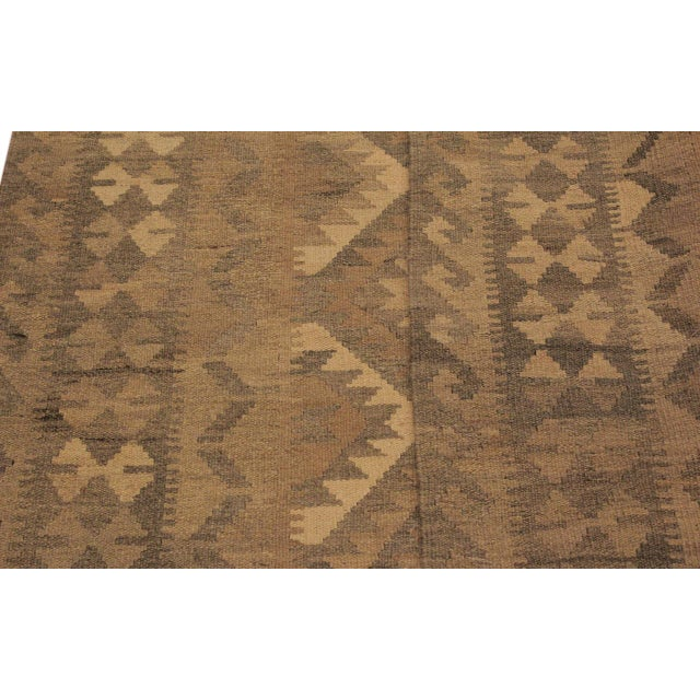 Uriela Gray/Brown Hand-Woven Kilim Wool Rug -4'3 X 5'10 For Sale In New York - Image 6 of 8