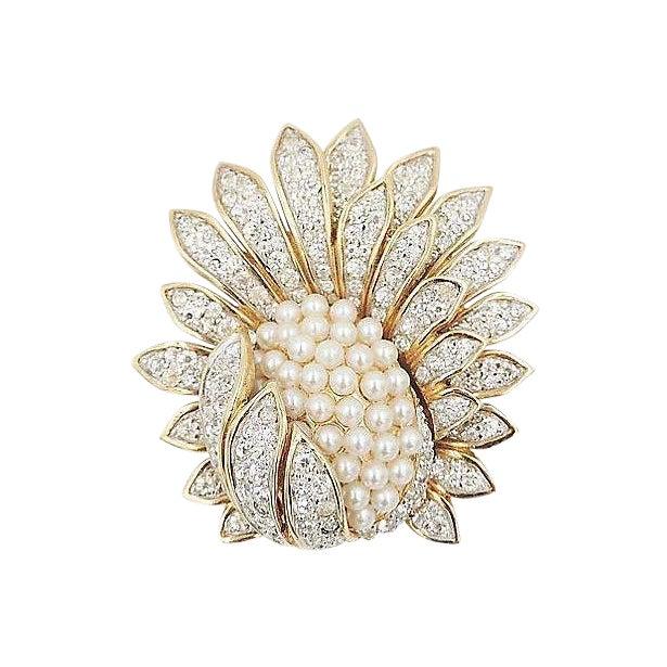 1960s Jomaz Pavé Rhinestone Faux-Pearl Pin For Sale