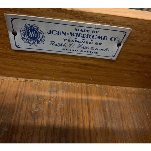 John Widdicomb Navy Lacquered John Widdicomb French Style Chest For Sale - Image 4 of 12