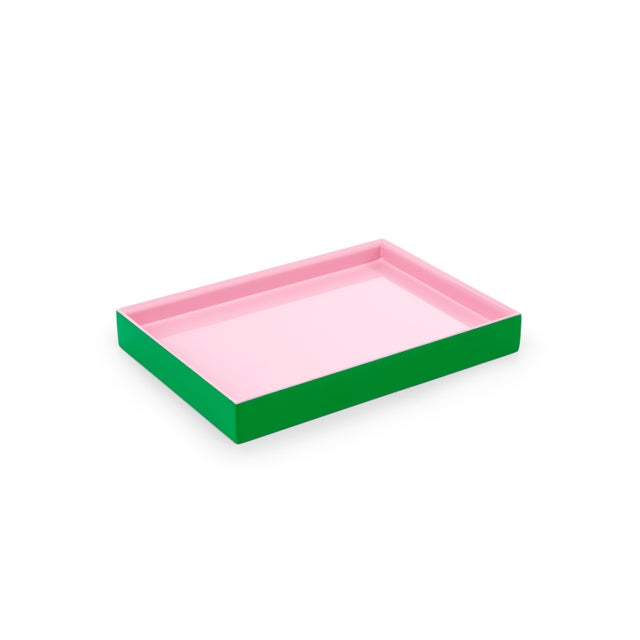 The Lacquer Company Small Tray in Kelly Green / Pink - Pentreath & Hall for The Lacquer Company For Sale - Image 4 of 4