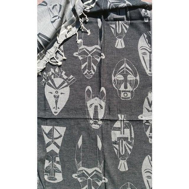 'Afro-Cubano Masks' Towalla in Charcoal & Cream - Image 5 of 6
