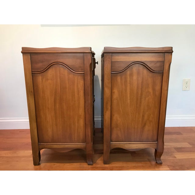 French Provincial Vintage John Widdicomb of Grand Rapids Michigan Solid Cherry Wood Nightstands End Tables Country French Provincial With Gallery Rail - a Pair For Sale - Image 3 of 10