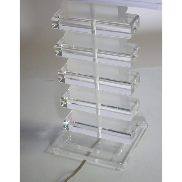 Lucite Stacked Lucite Table Lamp For Sale - Image 7 of 8