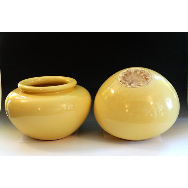 Pair of Pacific Pottery Clay Art Deco Ca La Gladding Bauer Gmb Garden Jar Vases For Sale - Image 4 of 10