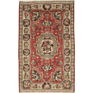 "Persian Bakhtiari Golfarang French Flowers Rug-5'4"" X 8'10"" For Sale"