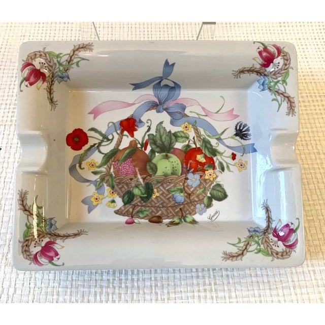 White Gucci Bouquet Ashtray/ Catchall For Sale - Image 8 of 8