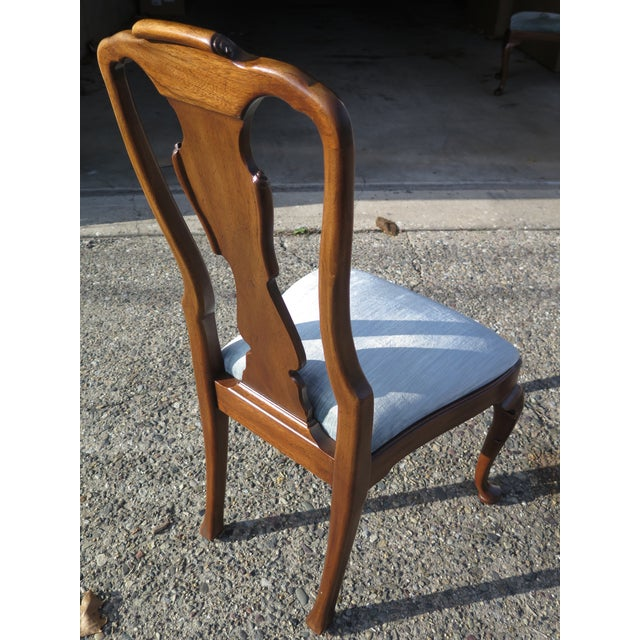 Henredon 1980s Vintage Henredon 18th C. Collection Walnut Dining Chairs-Set of 4 For Sale - Image 4 of 9