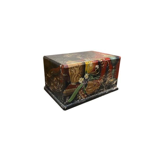 Italian Vintage Italian Wood Painted Box For Sale - Image 3 of 6