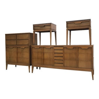 1960s Mid Century Modern Basic Witz Bedroom Set - 4 Pieces For Sale