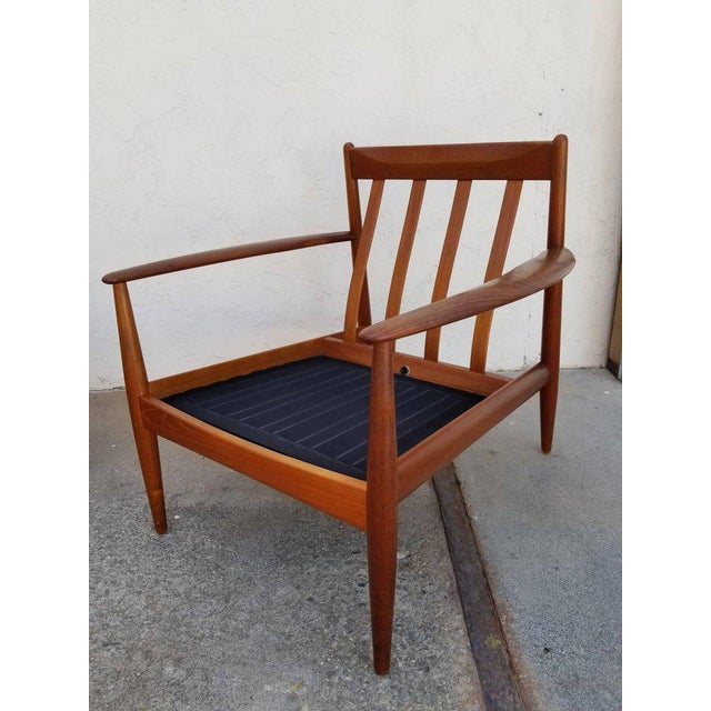 Fabric Grete Jalk for France & Daverkosen Teak Lounge Chairs - A Pair For Sale - Image 7 of 13