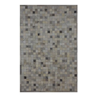 Gray Cowhide Patchwork Area Rug - 4' X 6' Premium Quality For Sale