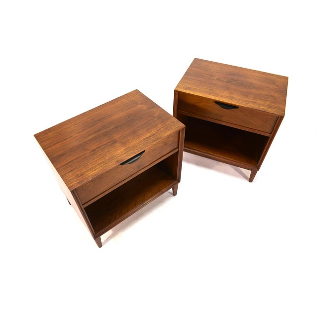 Dillingham Walnut Nightstands - A Pair - Image 3 of 4