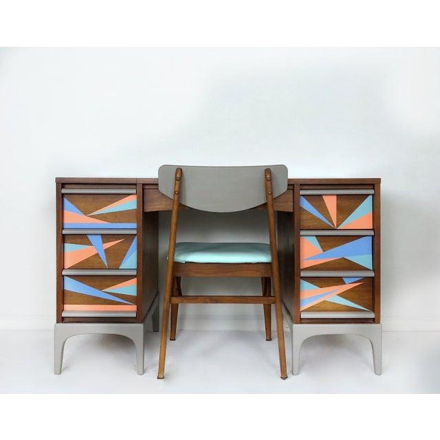 This table is ready to bring the party to your office in its quintessential mid-century modern style. Hand painted MCM...