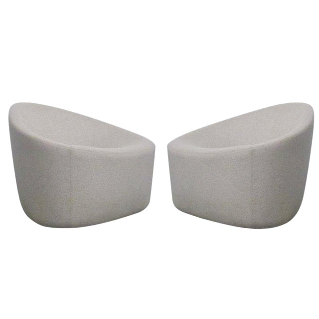 Pair of Sculptural Zanotta Italian Modernist Upholstered Lounge Chairs For Sale
