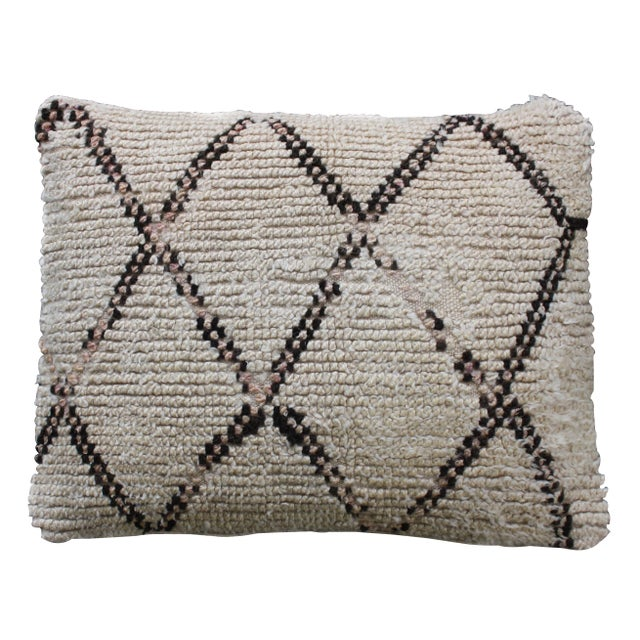 Moroccan Diamond-Patterned Moroccan Pillow For Sale - Image 3 of 3