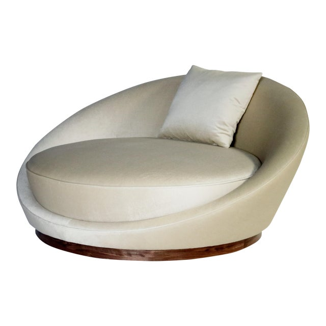 Milo Baughman Satellite Chaise Lounge For Sale