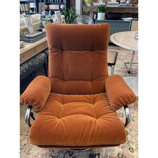 1990s 1990s Ekornes Rust Mohair Recliner and Ottoman For Sale - Image 5 of 10
