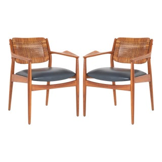 "Arne Vodder ""Model 51a"" Armchairs in Beech & Leather for Sibast, Pair For Sale"