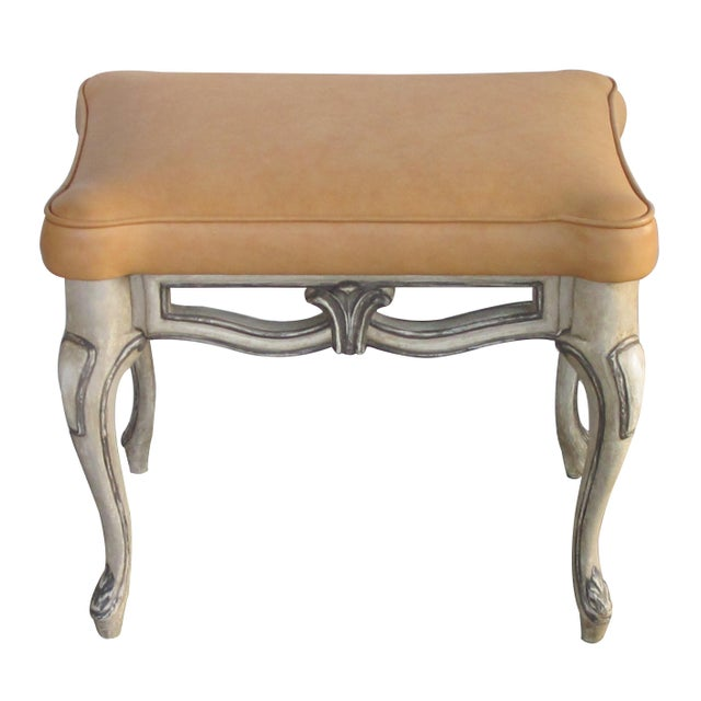 A Gracefully-Shaped Pair of French Rococo Style Gray-Painted Rectangular Stools With Leather Seats For Sale In San Francisco - Image 6 of 8