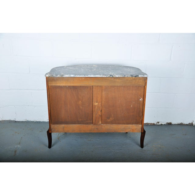 Antique French Louis XV Mahogany Inlay Marquetry Large Commode W/ Marble Top For Sale - Image 12 of 13