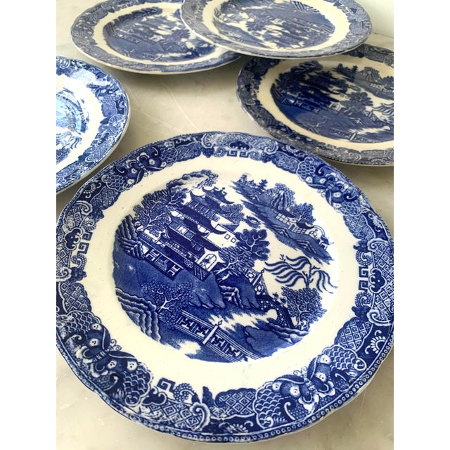 Mid 19th Century 19th Century Broseley England Blue Willow Plates - Set of 5 For Sale - Image 5 of 6