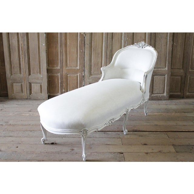 19th Century Carved and Painted Walnut Chaise Longue in Belgian Linen - Image 6 of 6