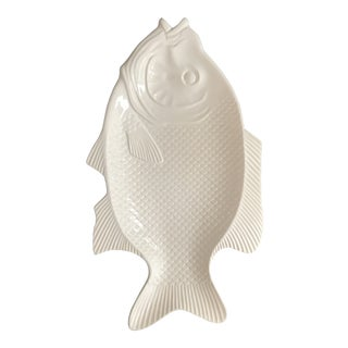 20th Century Mediterranean White Ceramic Fish Platter For Sale