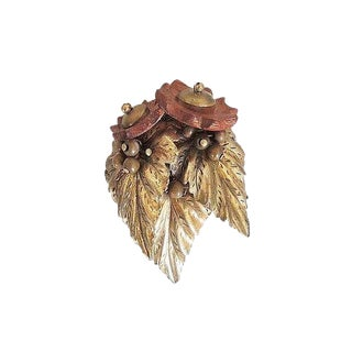 1930s Miriam Haskell Wood Bead Dress Clip For Sale
