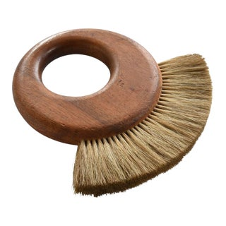 1950s Scandinavian Modern Carl Auböck II Walnut and Horsehair Dusting Brush For Sale