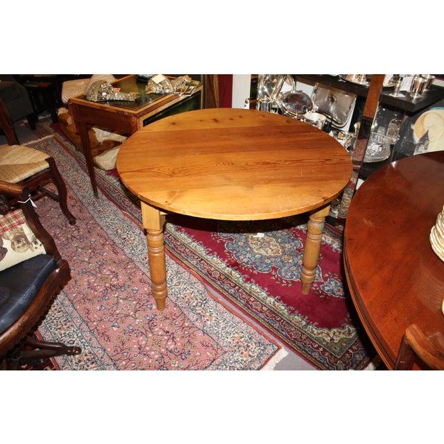 Round Three Legged Pine Side Table - Image 4 of 5