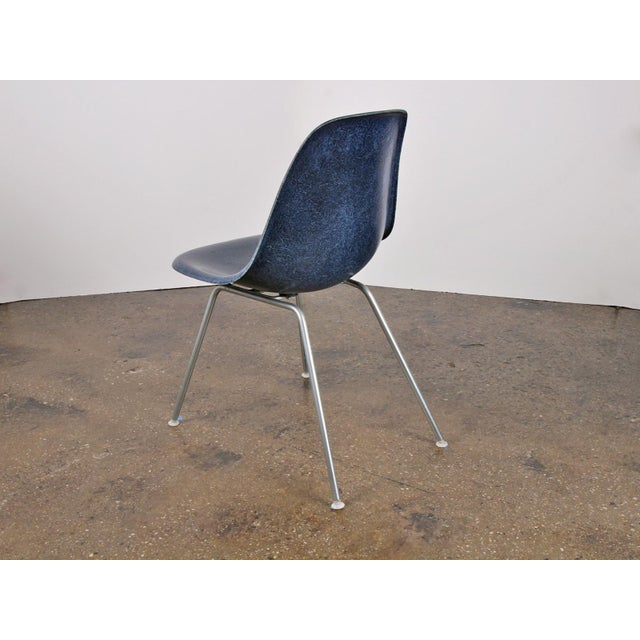 Mid-Century Modern Vintage Navy Blue Eames Shell Chairs for Herman Miller on H-Base For Sale - Image 3 of 4