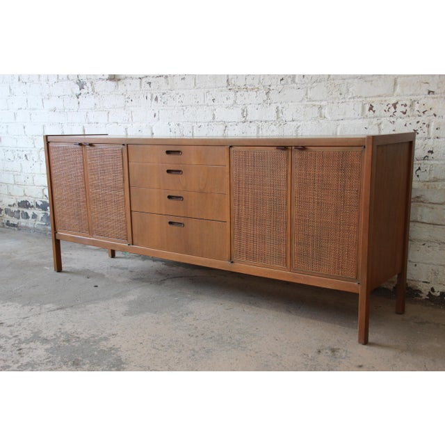 Mid-Century Modern Mid-Century Modern Woven Front Credenza by Founders For Sale - Image 3 of 11