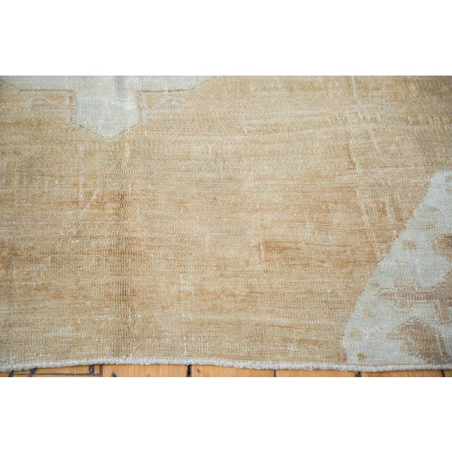 "Distressed Oushak Carpet - 5'10"" X 9'1"" For Sale - Image 4 of 10"