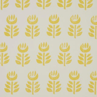 Sample - Schumacher Rosenborg Wallpaper in Yellow For Sale